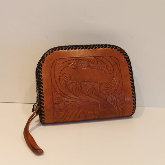 Vintage-Tooled-Leather-wallet